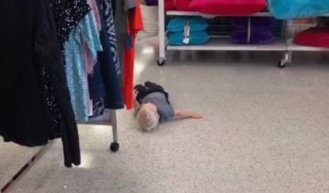 store toddler tantrum